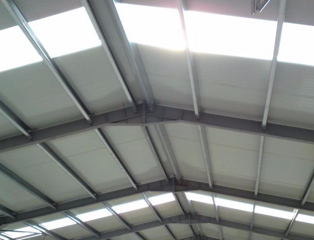 Cum se monteaza luminatoarele din policarbonat?