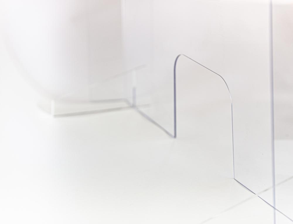 De ce trebuie să apelăm la Plexiglas sau policarbonat în această perioadă?
